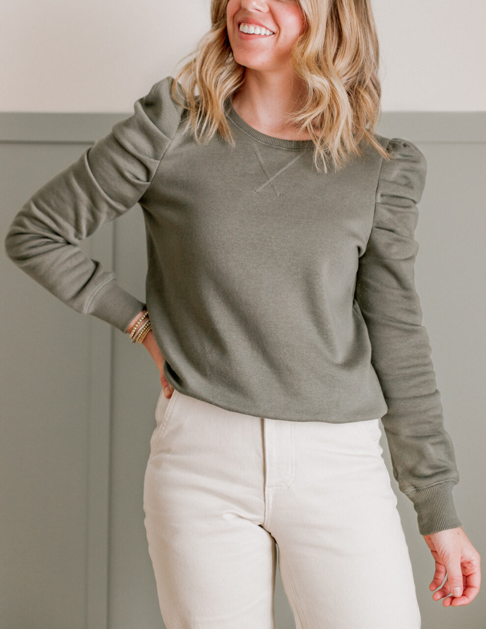 Puff Sleeve Sweatshirt | Janine Sweatshirt | Louella Reese