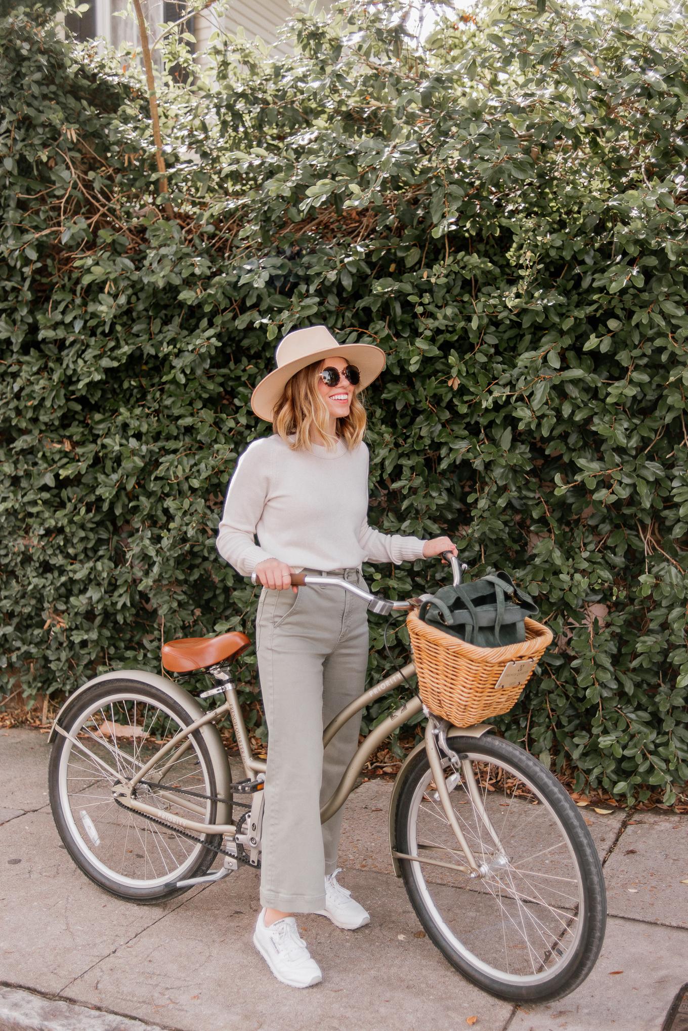 Favorite Sunglasses for All Seasons | Classic Round Frame Sunglasses | Louella Reese