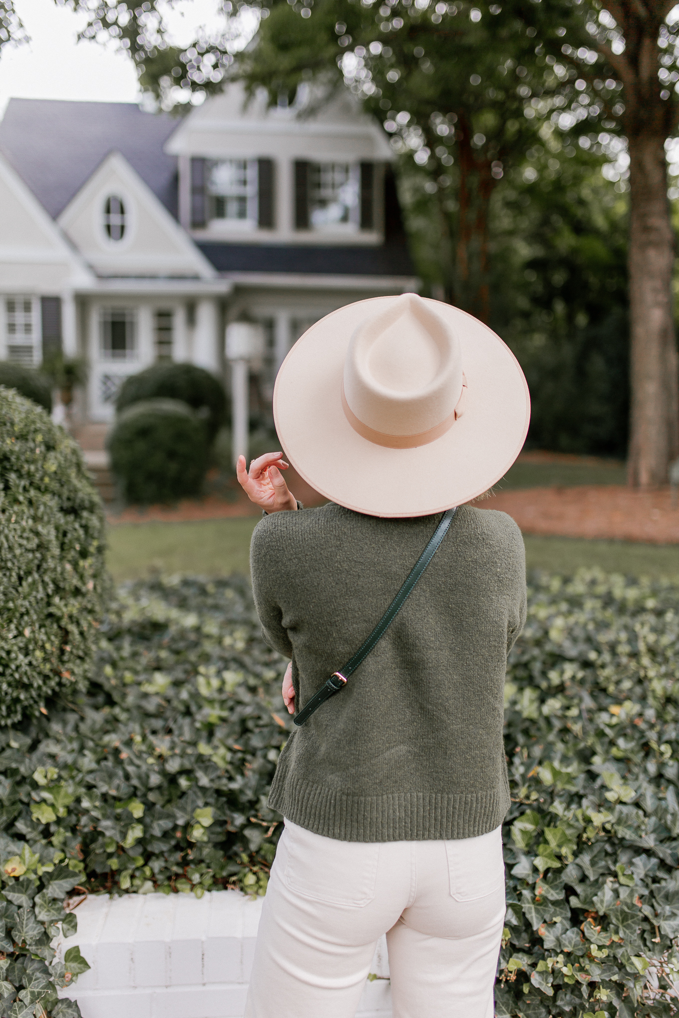 Lack of Color Ivory Rancher Hat | How to Style Hats for Fall | Louella Reese