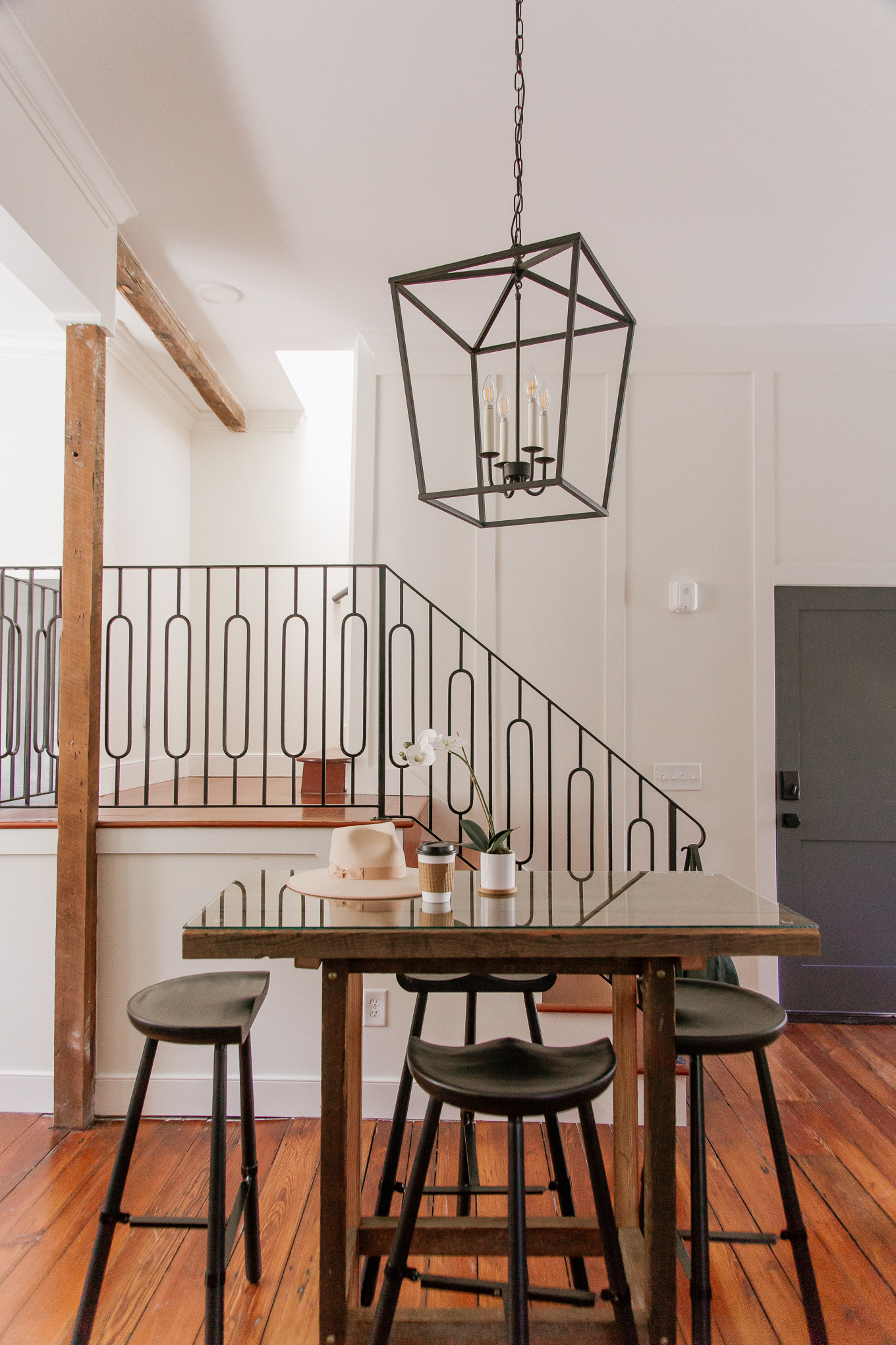 Guesthouse Charleston Review | Modern Charleston Rentals | Louella Reese