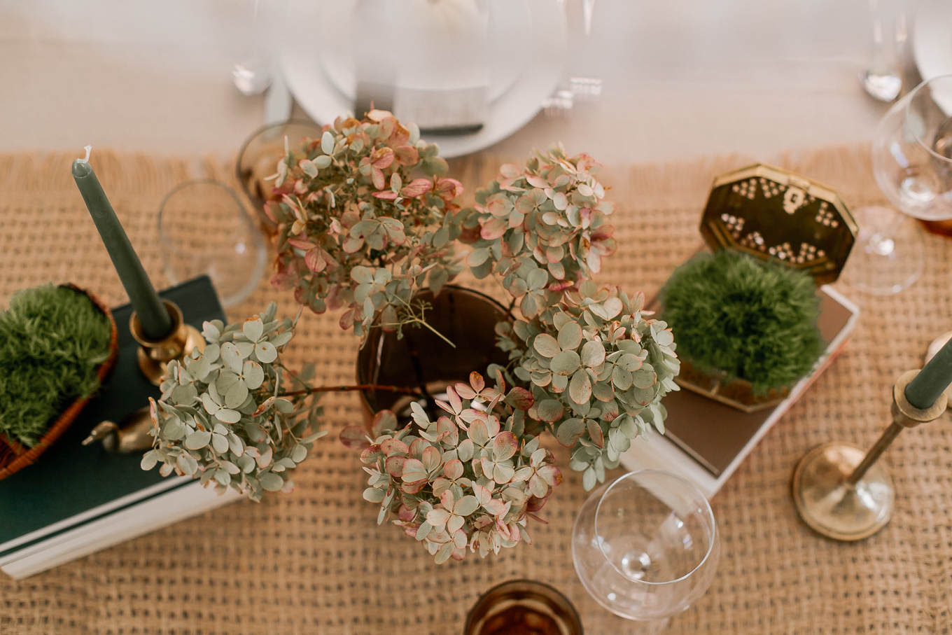 How to Use Dried Hydrangeas for Decor | Louella Reese