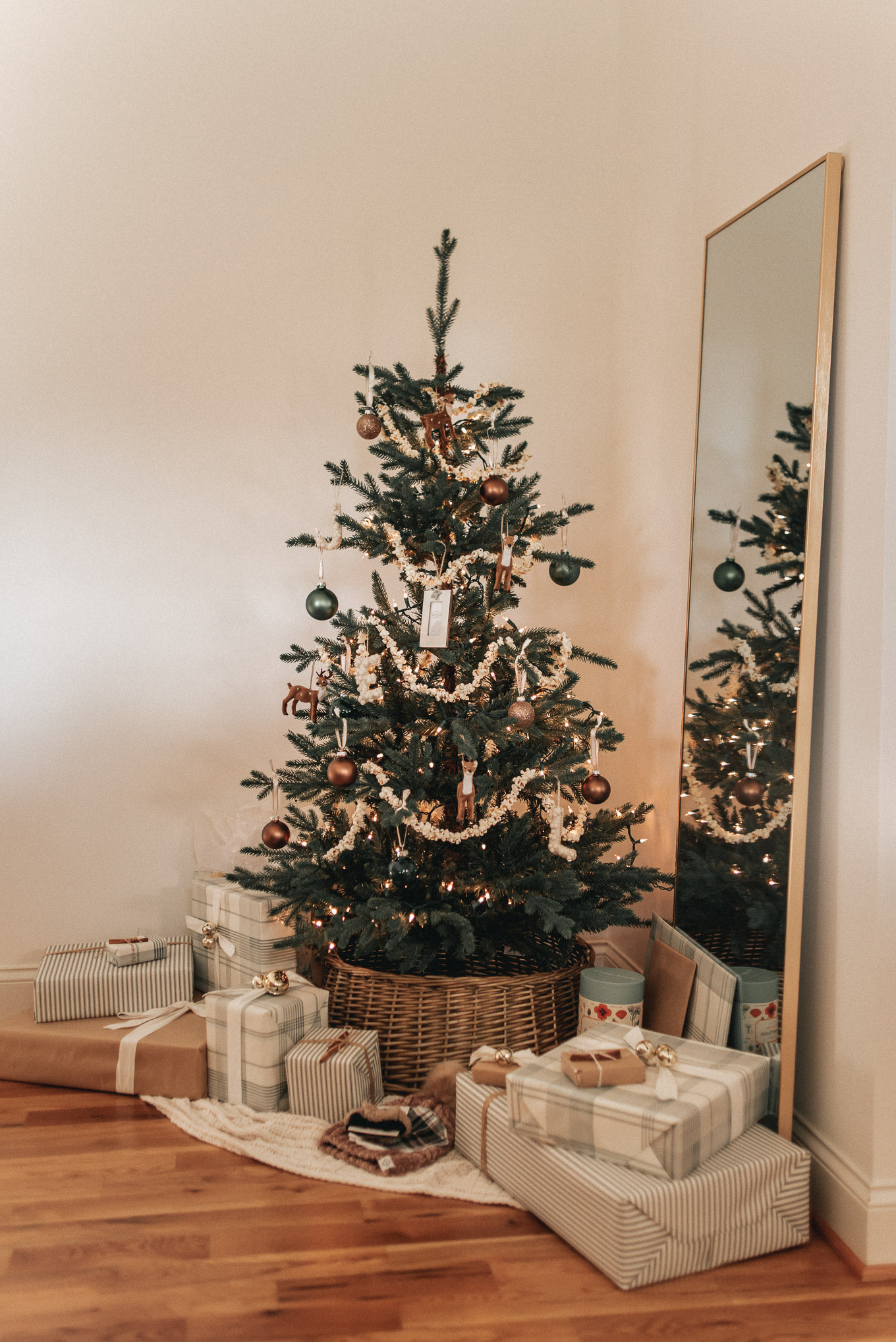 Neutral Christmas Tree, Neutral Christmas Decor | Louella Reese