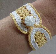 Crochet Bracelet Patterns - Fans