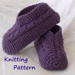 Bow Slippers Knitting Pattern