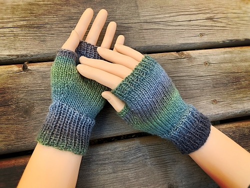 Hand Knit Fingerless Gloves – FREE Shipping to the USA!