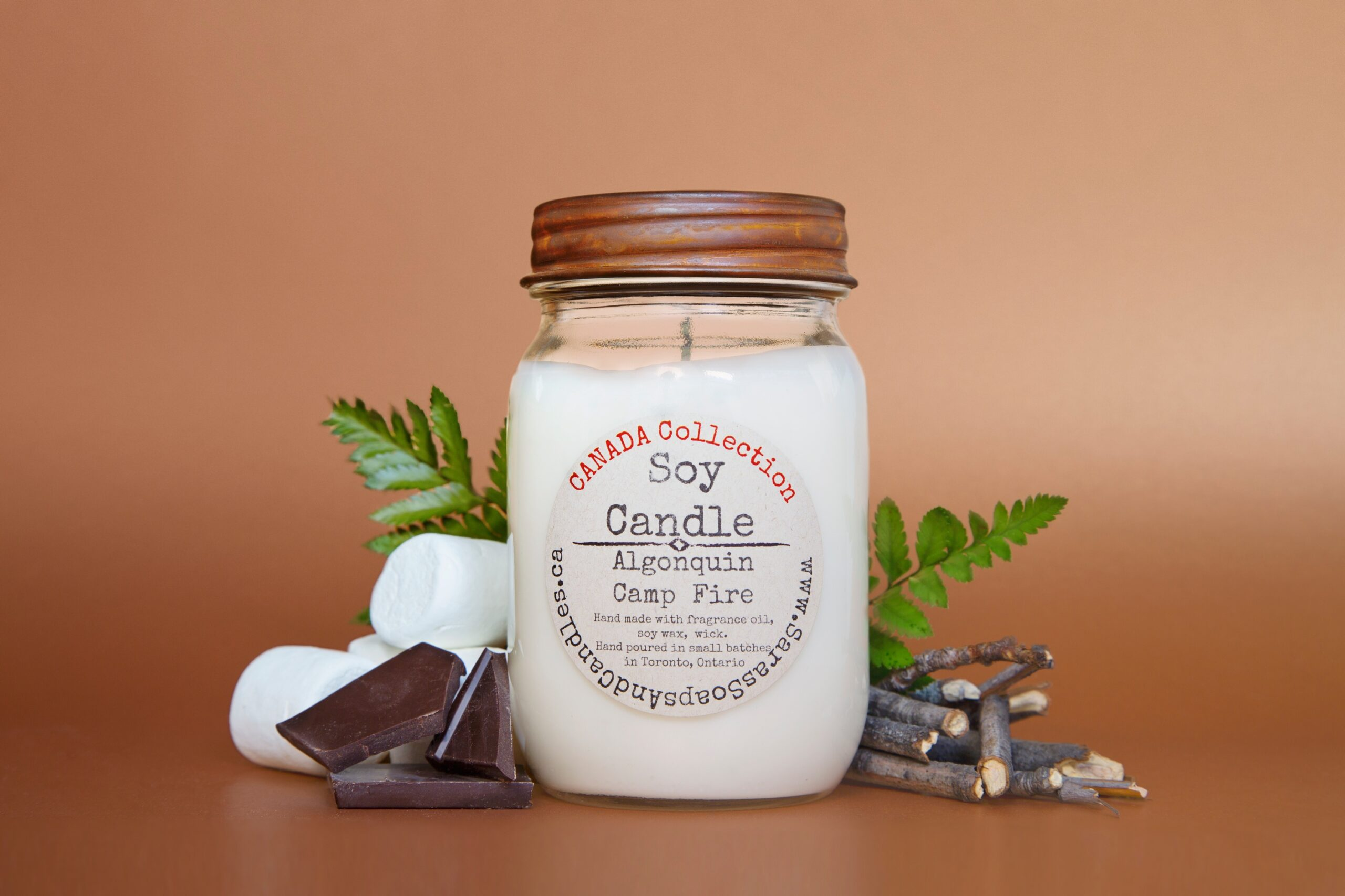 candle-brands-saras-soaps-and-candles