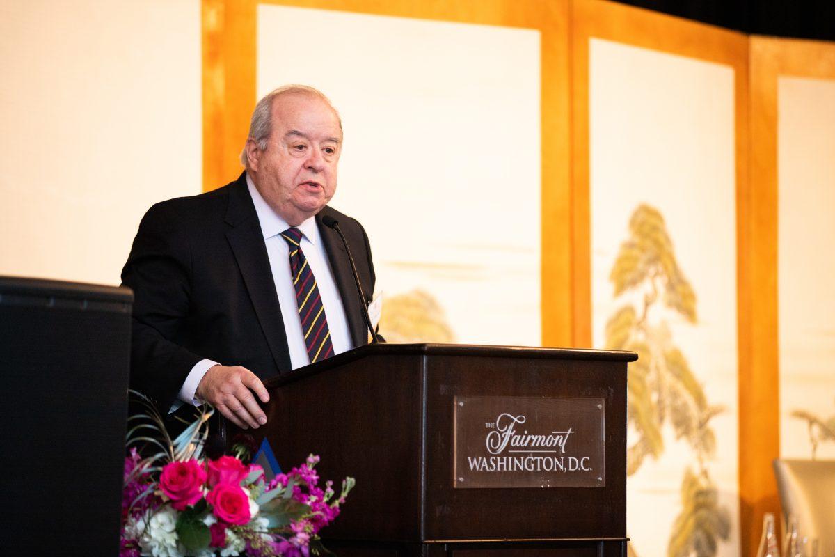 Ambassador John Malott presents the inaugural John & Hiroko Malott Leadership Award