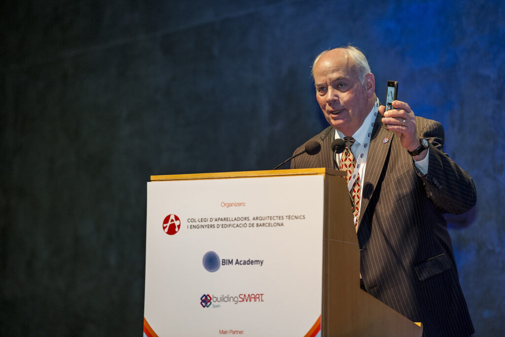 Architect and author Patrick MacLeamy, chairman of buildingSMART International, and former CEO of HOK, gives a speech.