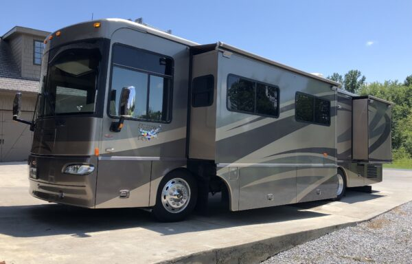 2007 Winnebago Journey 36