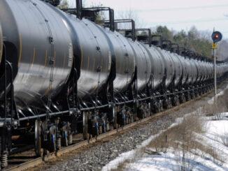 transport oil by rail car -energynewsbeat