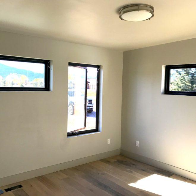 alpine4-bedroom