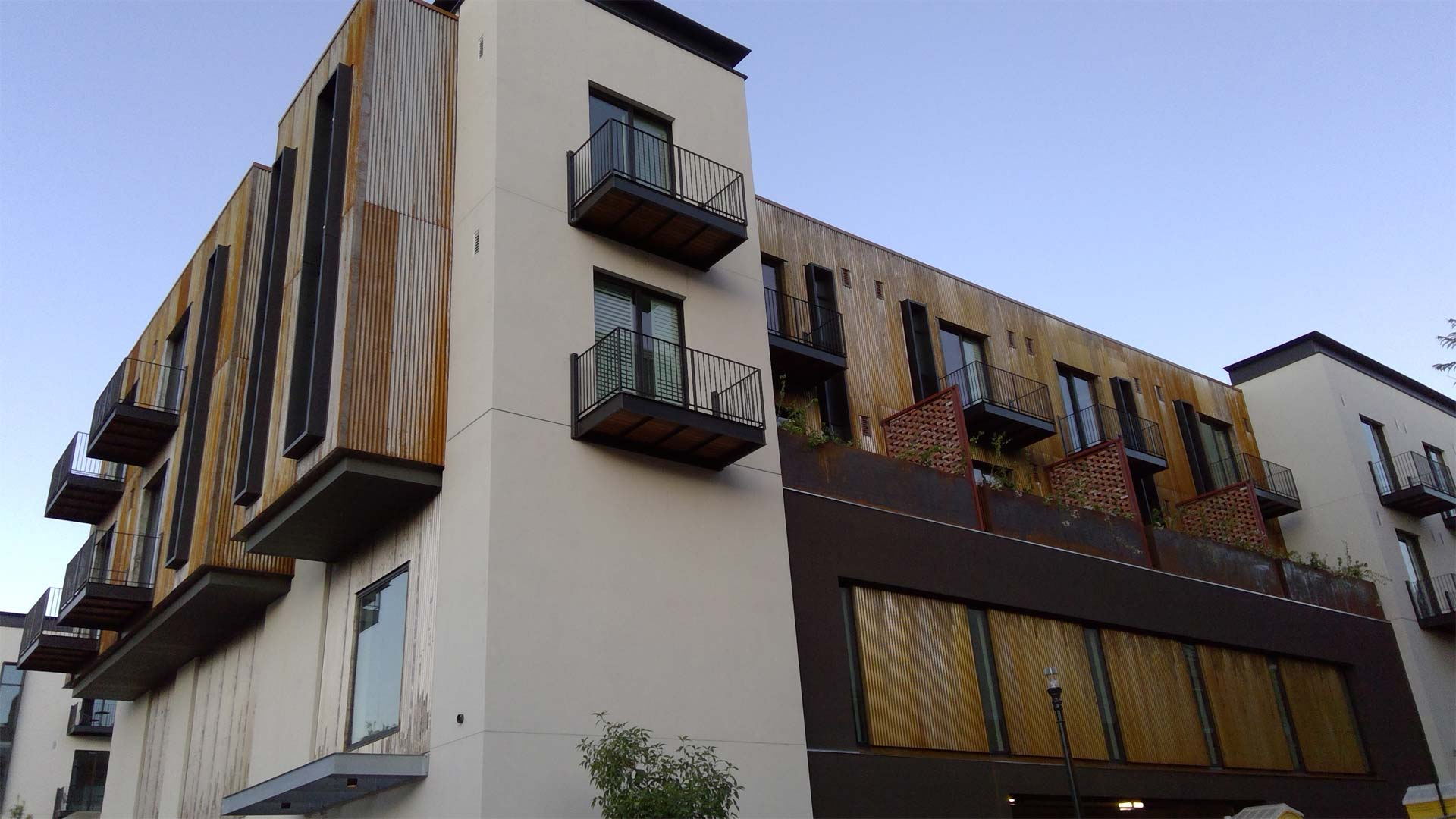 Hotel SLO - Corten Metal Buildings Paso Robles