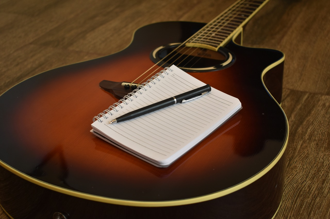 songwriting-2757636_1280