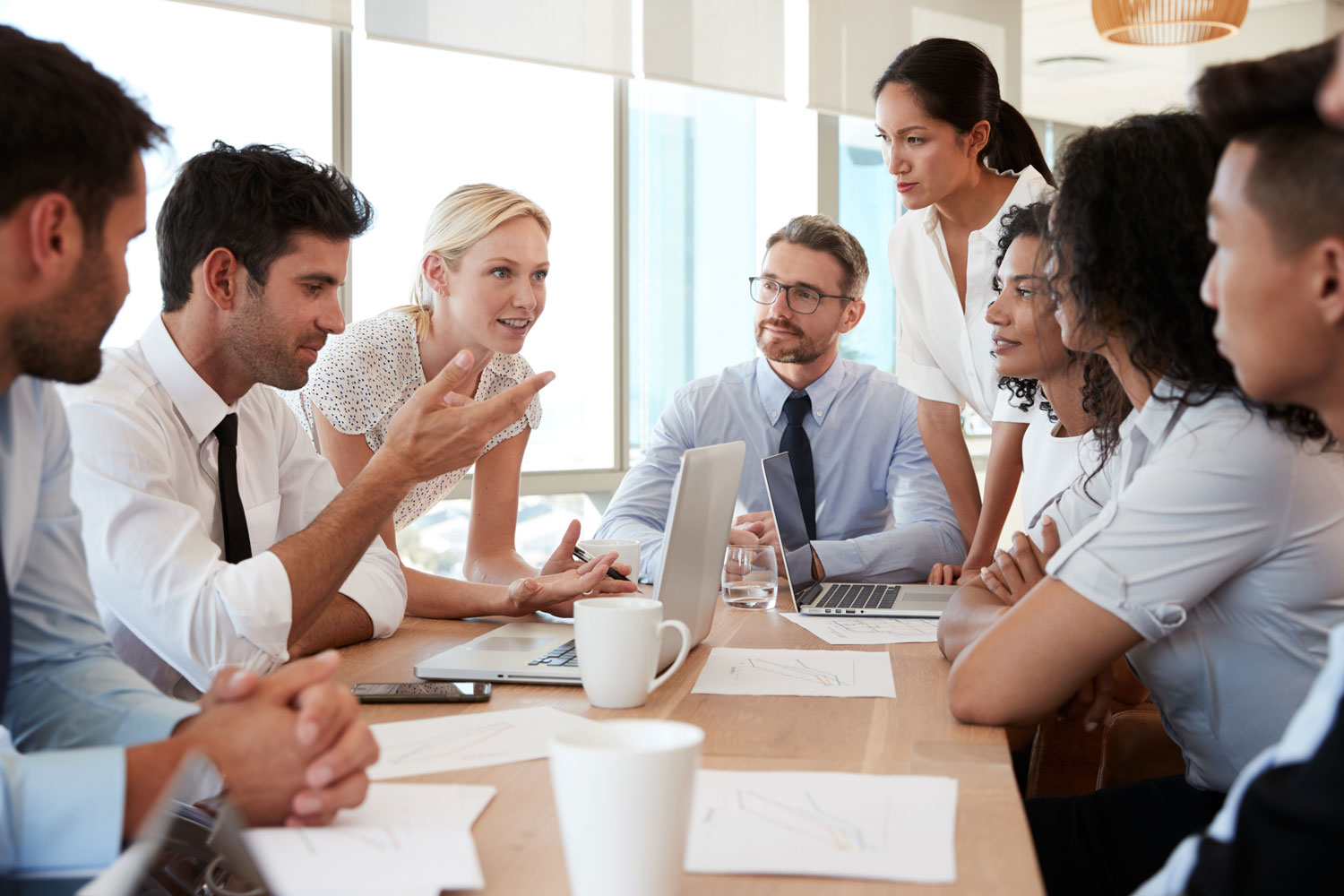 Make Your Meetings More Profitable by Renting Small Meeting Rooms