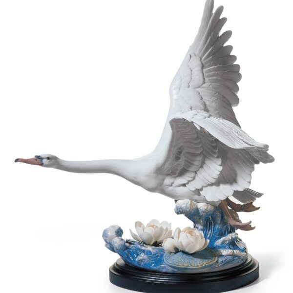 Majestic Swan Sculpture Limited Edition