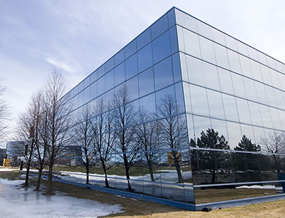 photo of mid-sized commercial building for legal real estate transactions