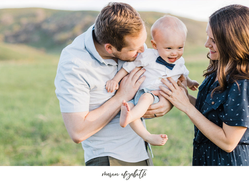 Family of three family pictures at Tunnel Springs Park in North Salt Lake City, UT. Tunnel Springs Photography   Maren Elizabeth Photography