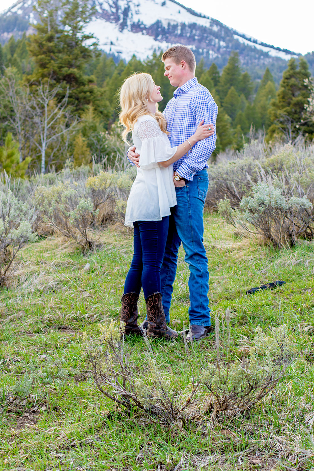 A pregnancy announcement photo shoot at Tibble Fork Reservoir, American Fork Canyon, UT | Arizona Photographer | Maren Elizabeth Photographer