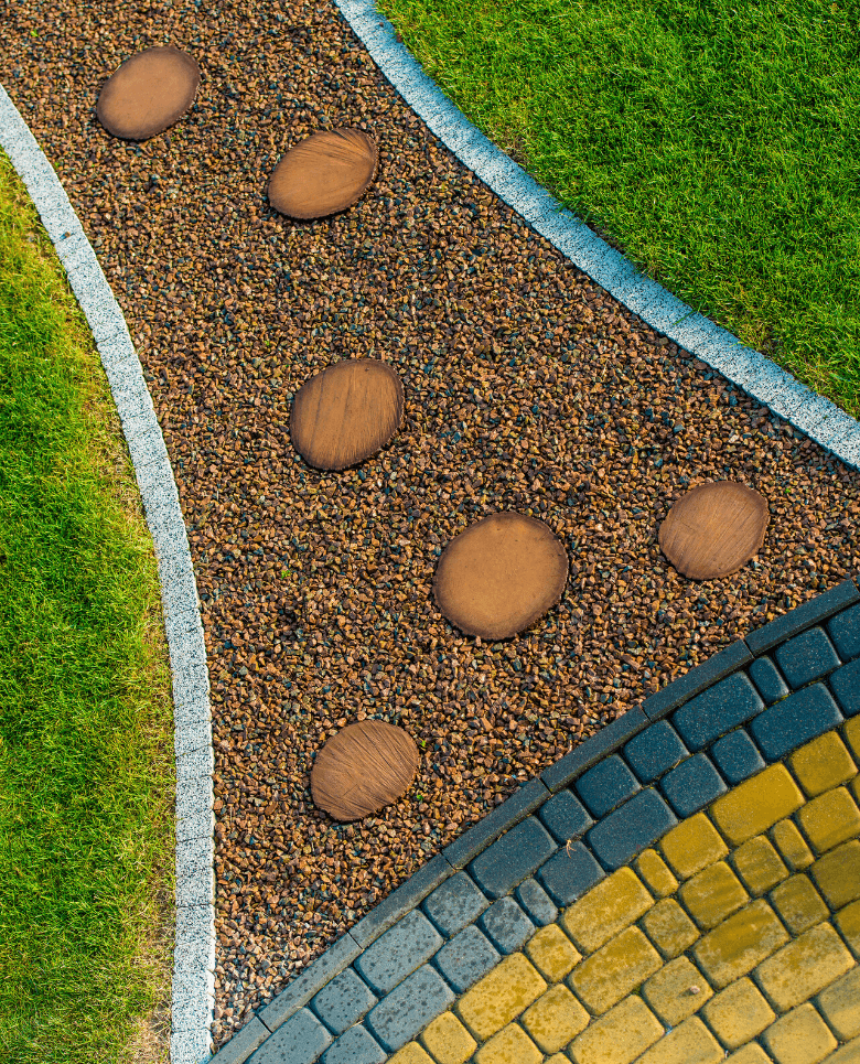 Pavers-and-Concrete-Hardscaping
