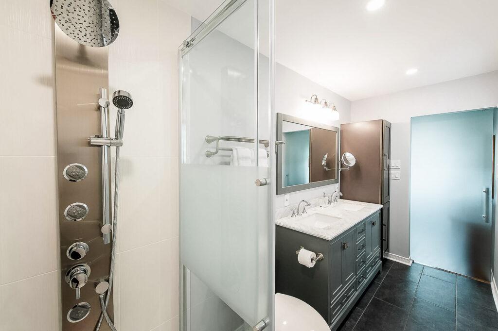 bathroom renovations in Ottawa