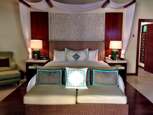 Signature Villa bedroom