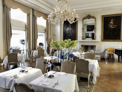 Gorgeous dining room at King George hotel