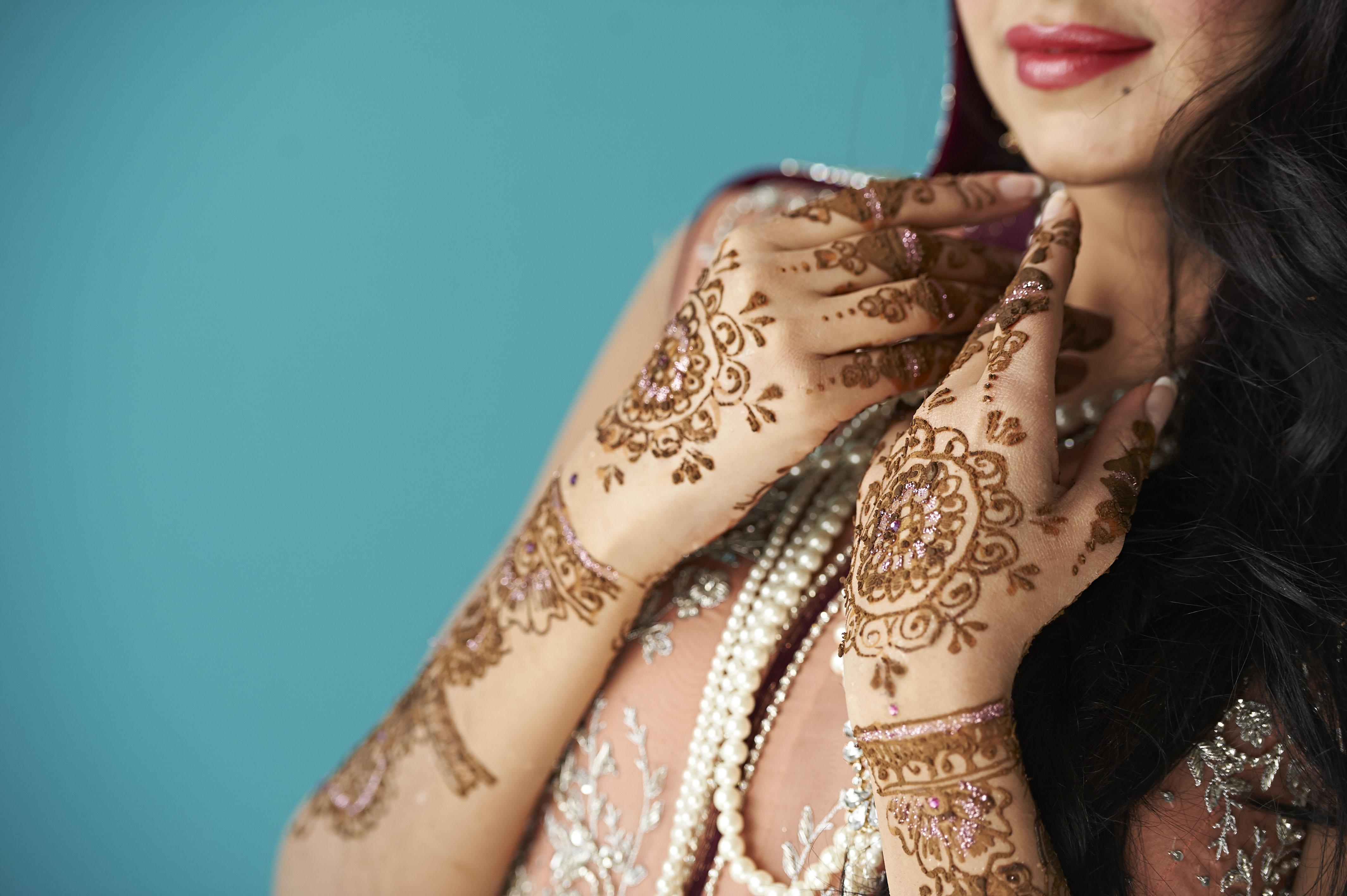 Henna by Amberesque9