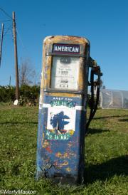 Old-Gas-Pump-Stuart's-Fruit-Farm