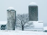 Hanover-Farm-in-Snow
