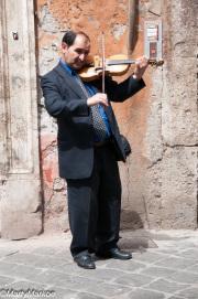 Violinist-Rome