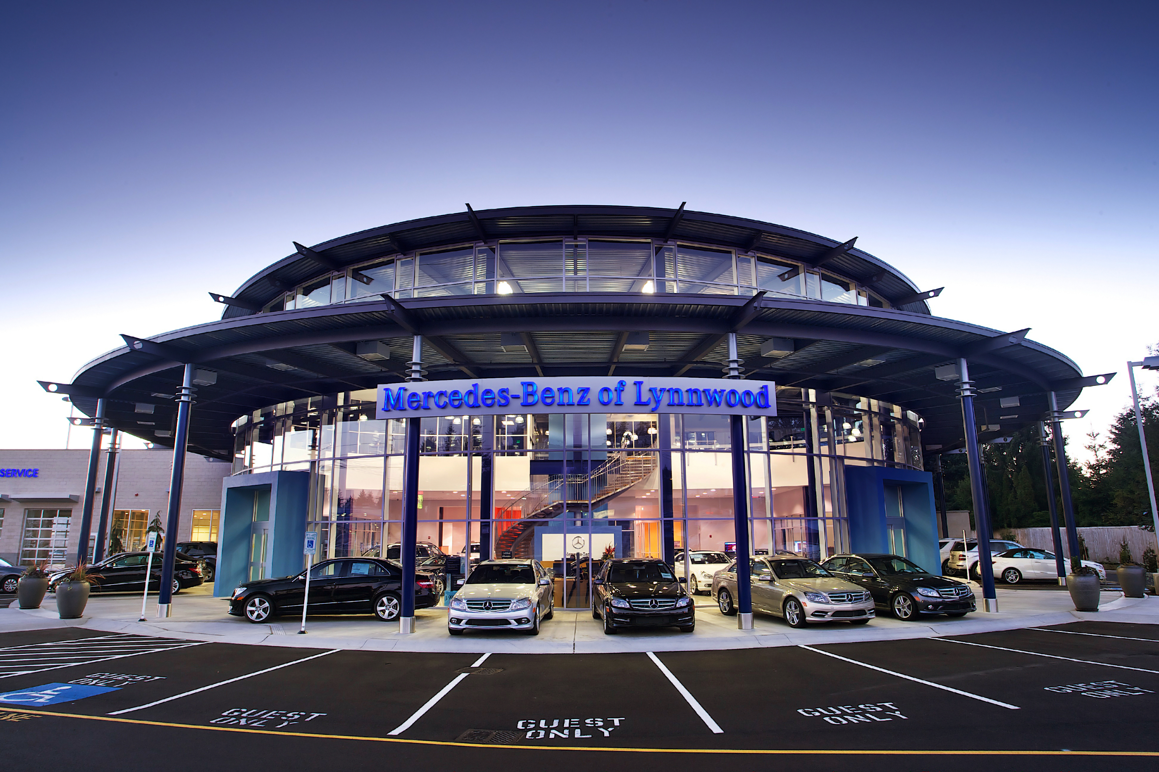 structural and civil engineering for mercedes benz