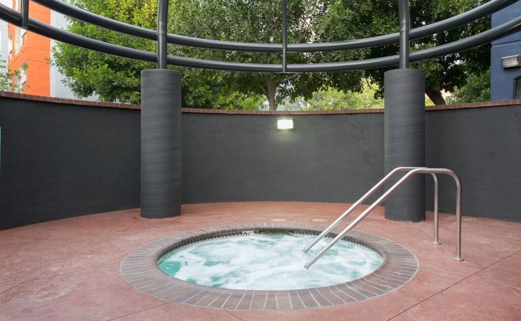 secluded Jacuzzi spa at artists village