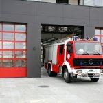Emergency fire rescue truck