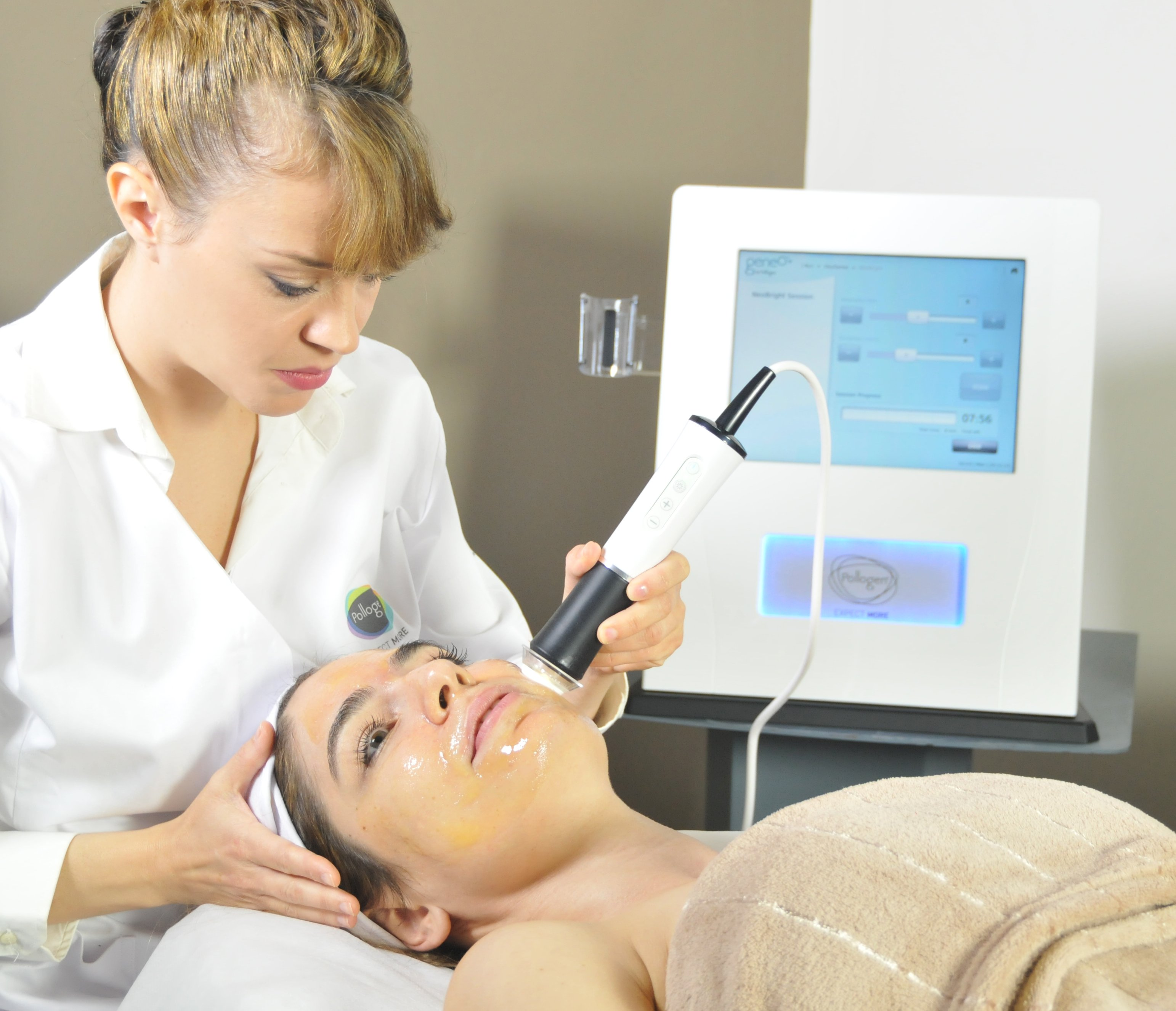 OxyGeneo 3-in-1 Super Facial at Spring Mist Spa Milton