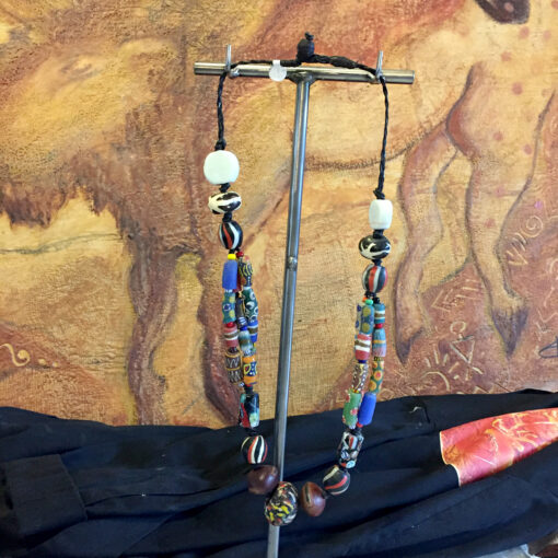 Thick-Beads-Hanging