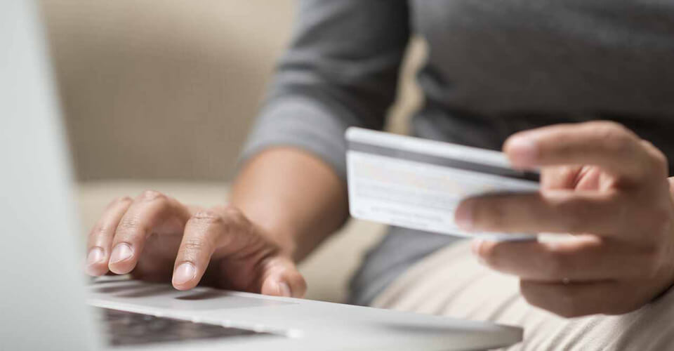 Paying Student Debt with Balance Transfer Cards a Good Idea? A Reddit Study