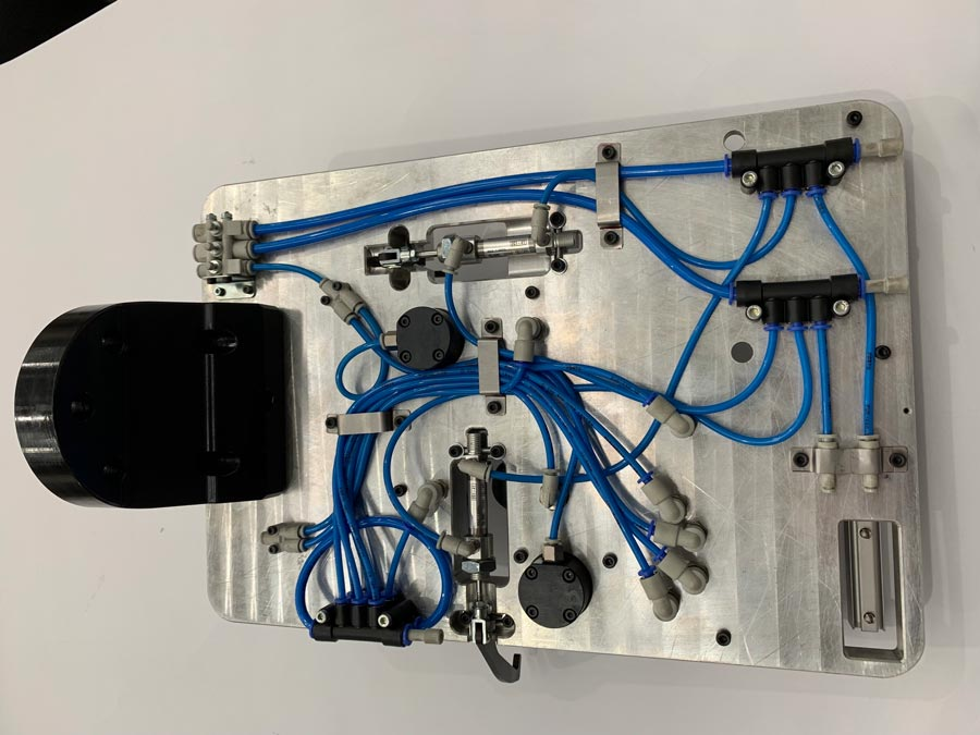Robot Assembly Cell
