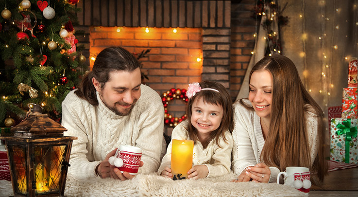 SMALL GATHERING, GREAT JOY: HOW TO TRULY CELEBRATE WHEN YOUR HOLIDAYS ARE SCALED DOWN