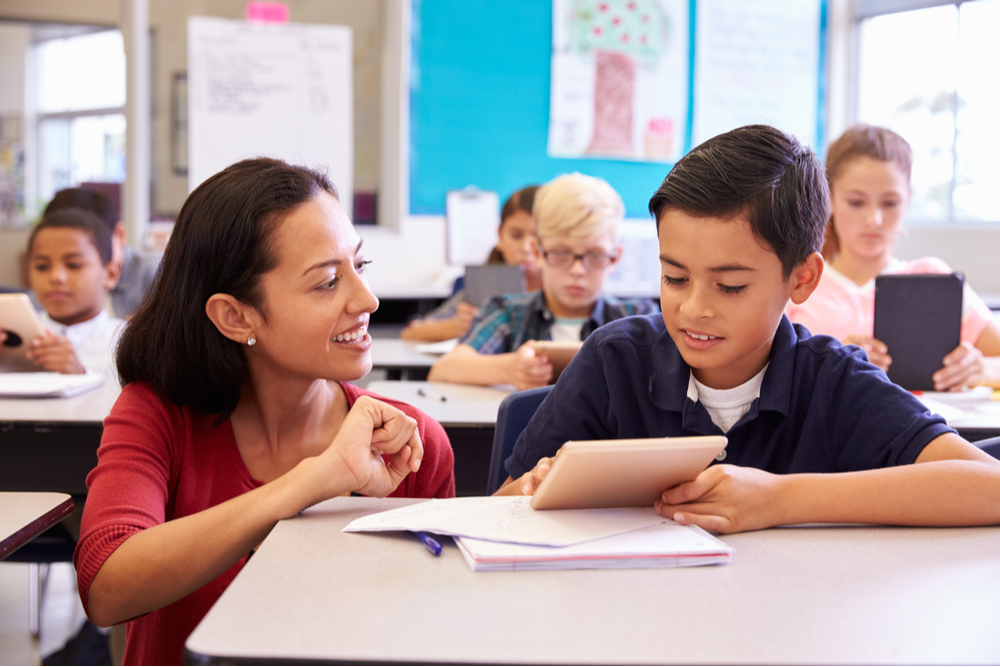CONNECTING WITH KIDS: FOR TEACHERS