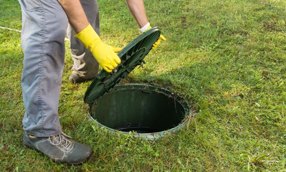 Signs Your Septic Tank Needs Repair