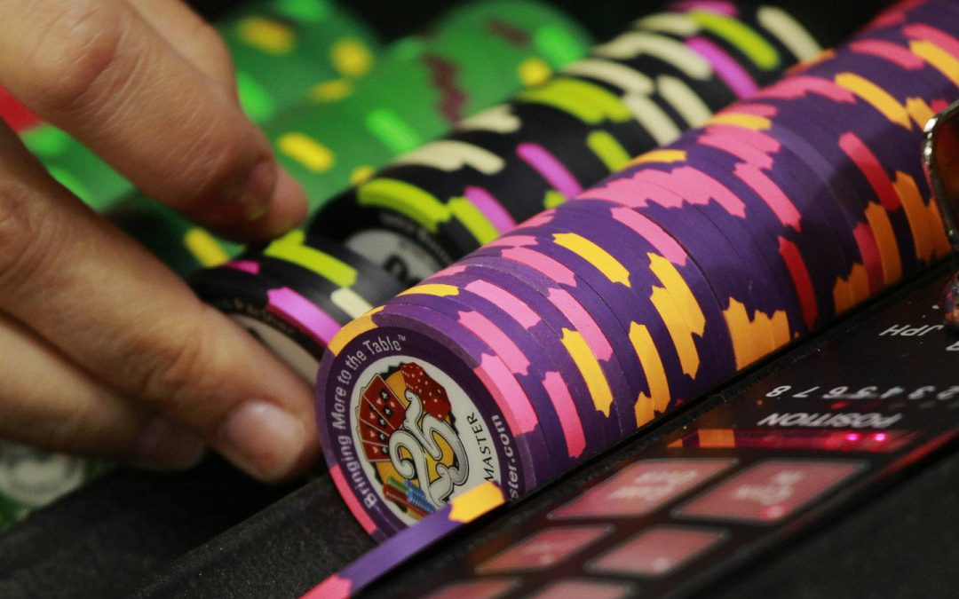 A dark and seductive poker obsession has possessed urban India and the stakes are high – Quartz India