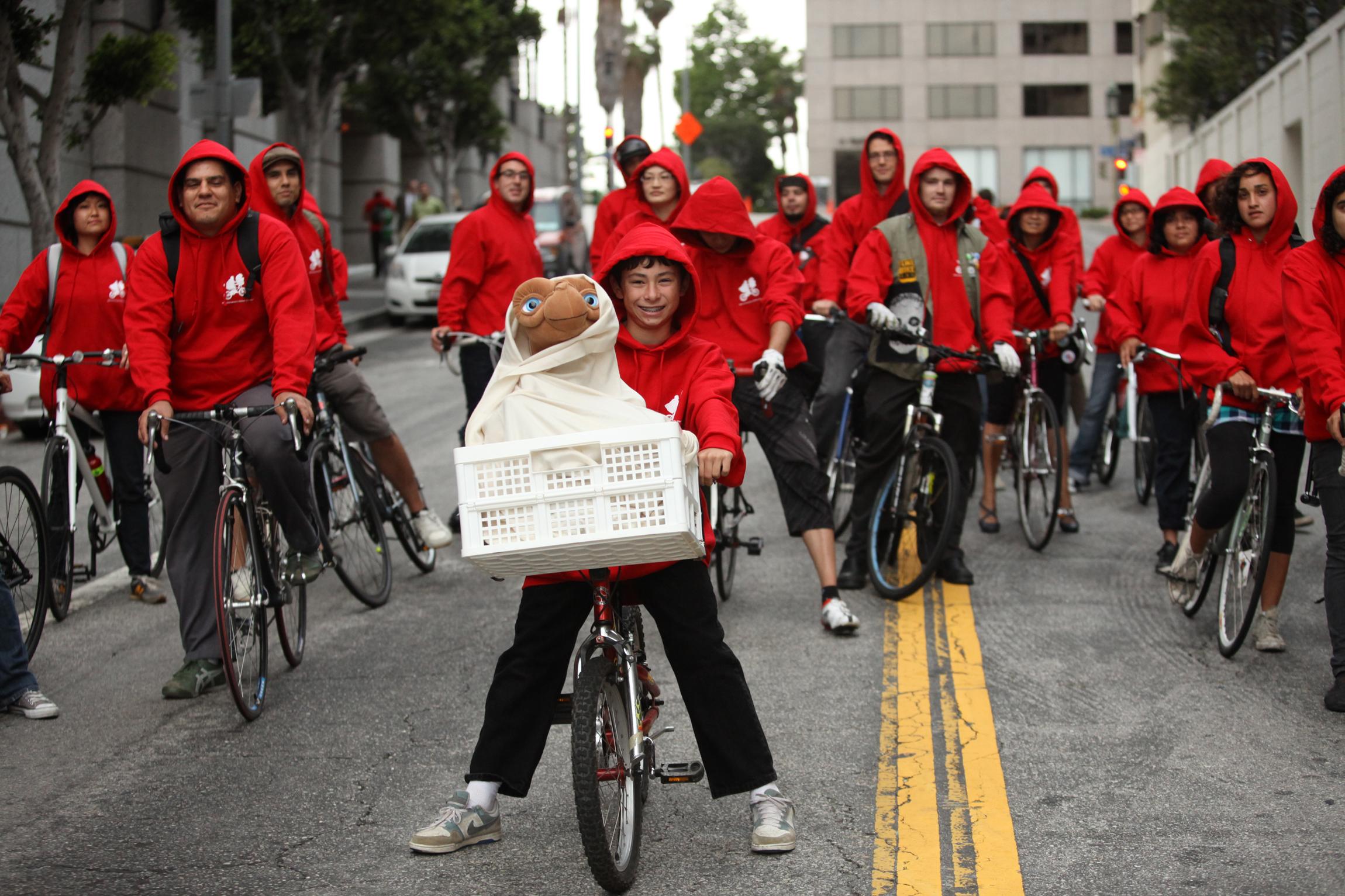 Fans Celebrate E.T. at LA Film Fest Outdoor Screening