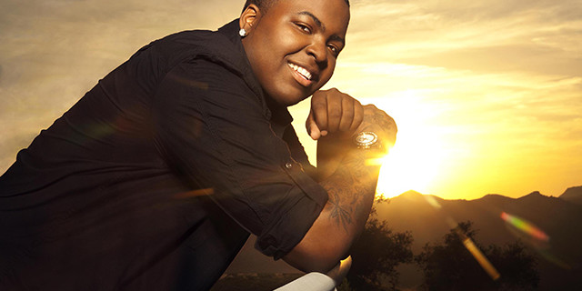"""Sean Kingston releases the video for his new single """"Beat It,"""" featuring Chris Brown and Wiz Khalifa,"""