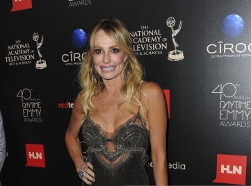 'REAL HOUSEWIVES OF BEVERLY HILLS' STAR TAYLOR ARMSTRONG STUNS IN REVE BY KHUSHALI KUMAR & L'DEZEN JEWELLERY AT DAYTIME EMMY AWARDS