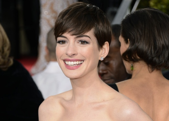 Oscar news: ANNE HATHAWAY TO PRESENT ON OSCAR® SUNDAY