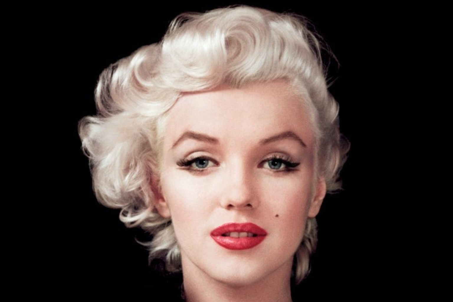The Beverly Hills Hotel Introduces Suite 100 – The Golden Age Inspired by Marilyn Monroe
