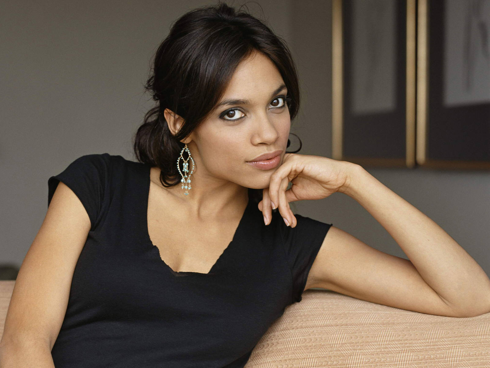 ROSARIO DAWSON AND DIEGO LUNA TO PRESENT THE NOMINEES FOR THE 30th FILM INDEPENDENT SPIRIT AWARDS
