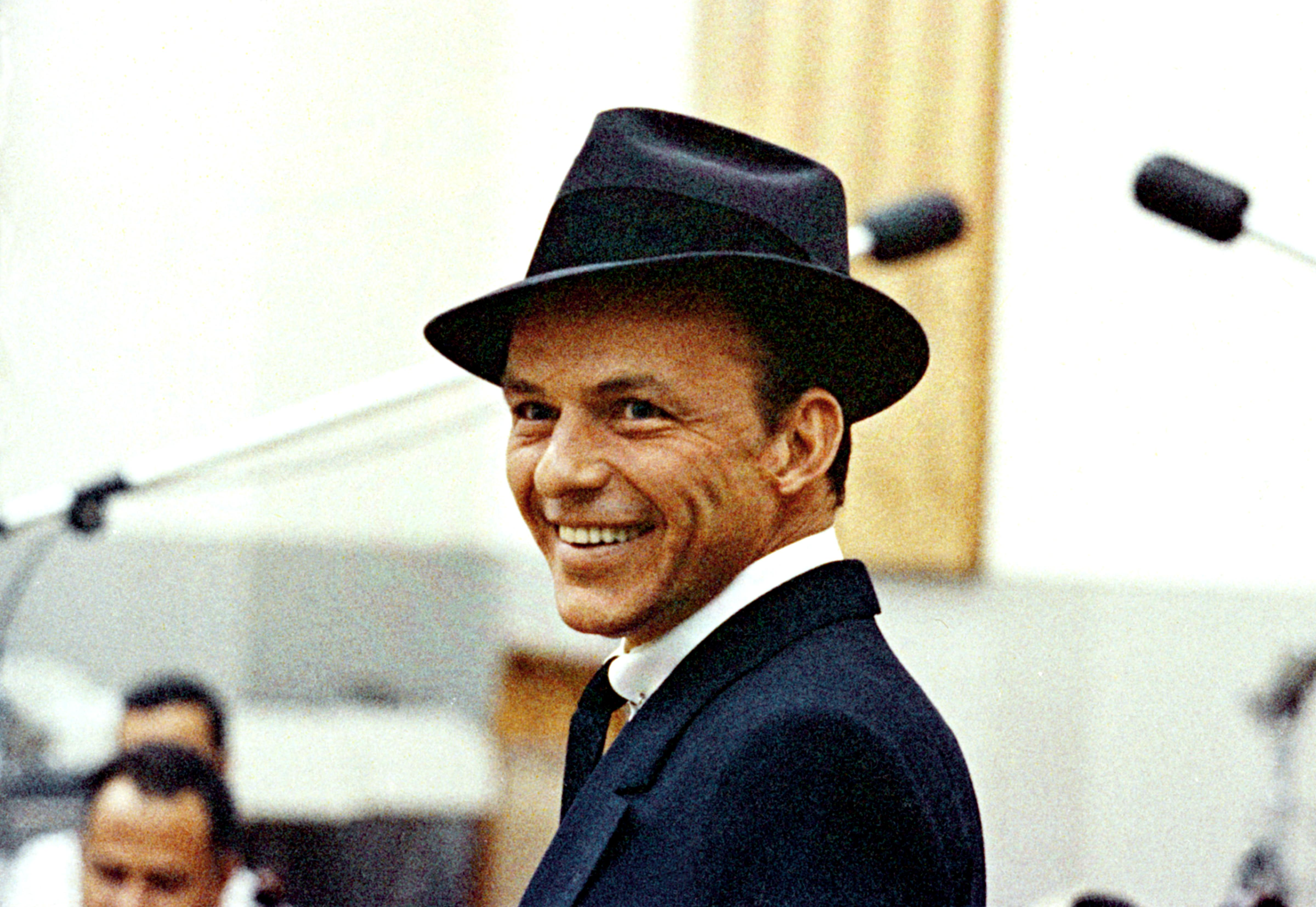 NEW FRANK SINATRA 100 APP AVAILABLE WORLDWIDE FOR  iPhone, iPad and iPod touch