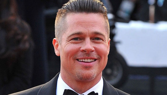 BRAD PITT TO STAR AND ROBERT ZEMECKIS TO DIRECT A SWEEPING ROMANTIC THRILLER