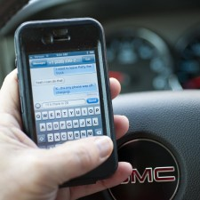 New Device Stops Teens Texting and Driving